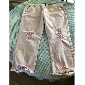 NWT Mossimo Boyfriend Crop Jeans Size 16